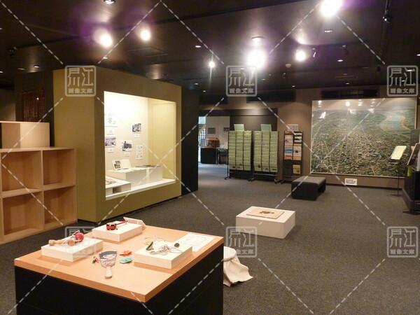 郷土資料室春のミニ展示「昭和のおもちゃ」