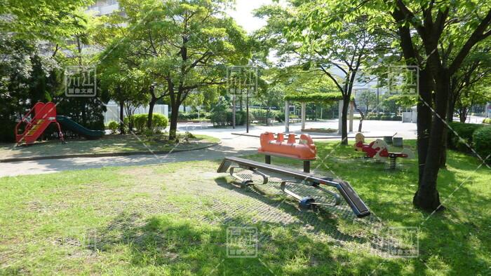 清新町二丁目児童遊園
