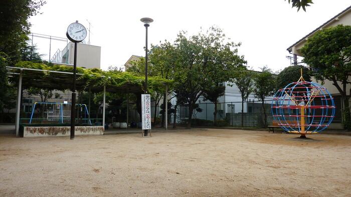 西小岩一丁目児童遊園